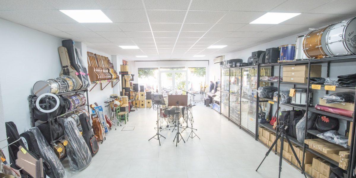 Amplia tienda